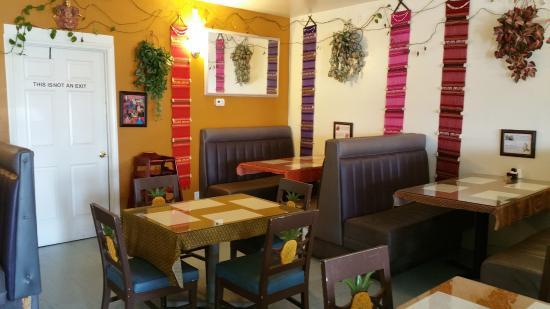 My Thai: Restaurant area