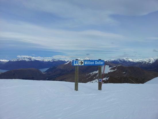 Queenstown, Nieuw-Zeeland: Care for a million dollar run ? You bet !
