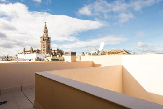 Q q cathedral suites updated 2018 apartment reviews for Appart hotel seville