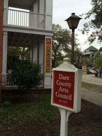 Dare County Arts Council: Sign out front