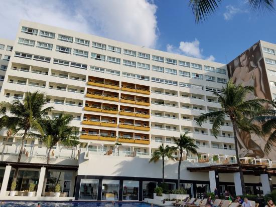 Window View - Picture of Dreams Sands Cancun Resort & Spa, Cancun - Tripadvisor