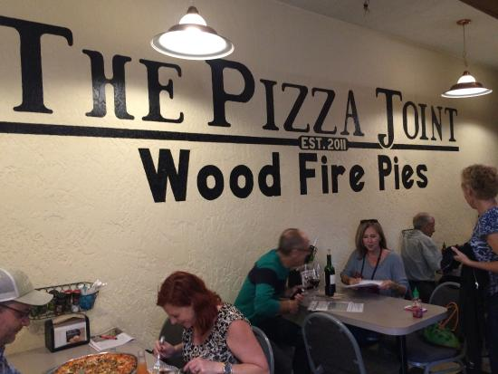 The Pizza Joint: inside