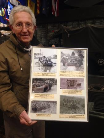 Thimister-Clermont, Belgien: Marcel Schmetz lived through World War II. He honors the troops that liberated his home town