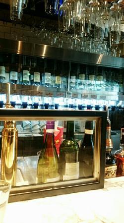 Le Bar a Vin 52 Azabu Tokyo, Yokohama Bayquarter