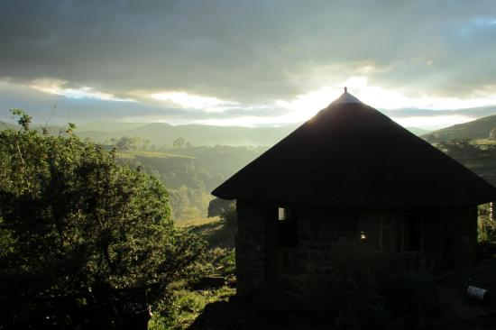 Semonkong, Lesotho: Sunrise time art the lodge