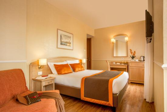 Photo of Hotel Santa Costanza Rome