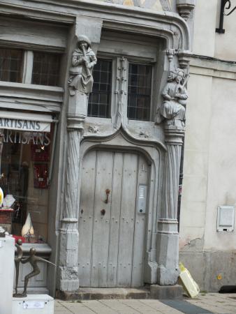 La Hermosa Maison DAdam  Picture Of La Maison Des Artisans Angers