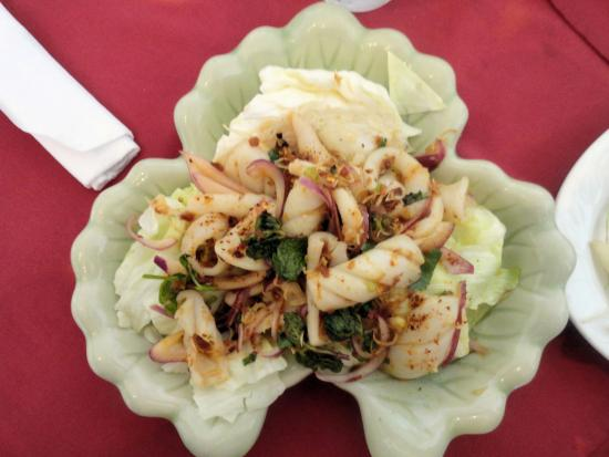 Thai Palace and Sushi Bar: Spicy Squid Salad