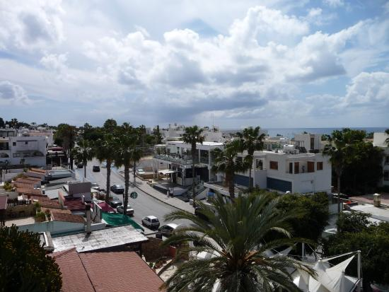 Dionysos Central Hotel Photo