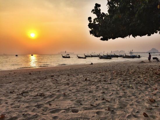 mat med havsutsikt picture of sunset bar nong thale tripadvisor rh tripadvisor com sg