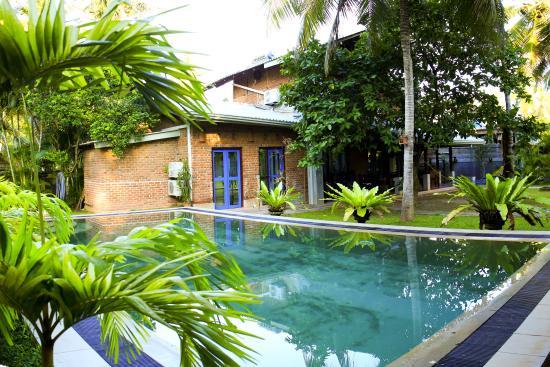 Pavana Hotel - Negombo