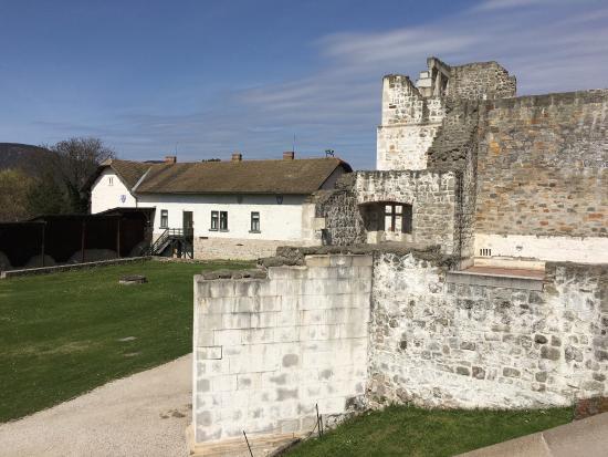 Visegrad, Hungary: Mátyás kiraly múzeum kertje