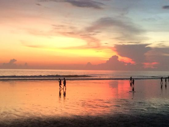 sunset on the beach across from the hotel picture of pelangi bali rh tripadvisor com