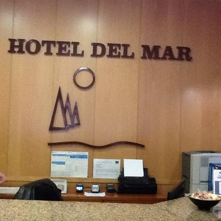 Hotel Del Mar: Recpecåo do hotel,fomos myuto bem recebidos