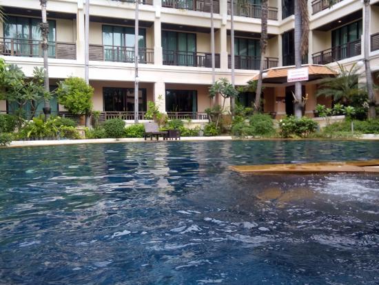 Le Casa Bangsaen Hotel: Good view to see and swim