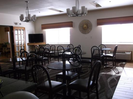 Firestone, CO: dining room