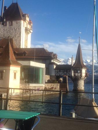 Oberhofen am Thunersee, Sveits: Restaurant Schloss Oberhofen