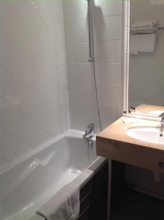 Hôtel Le M Honfleur: Salle de bains