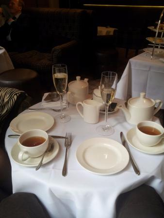 Cadogan Hotel: afternoon tea