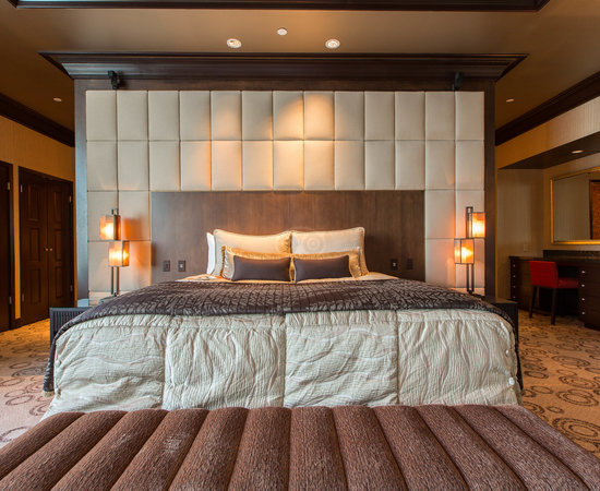 mohegan sun updated 2019 prices hotel reviews. Black Bedroom Furniture Sets. Home Design Ideas
