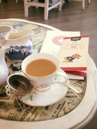 Doffy's Vintage Tea Room: Irish Breakfast Tea