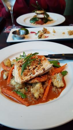 The Loop: Thai Chicken (front plate)