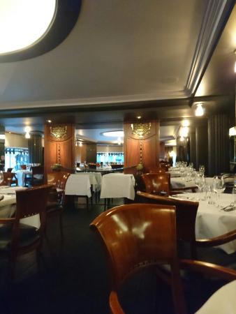 Garnier: Super  restaurant  que je frquente depuis plus de 25 ans.  Toujours