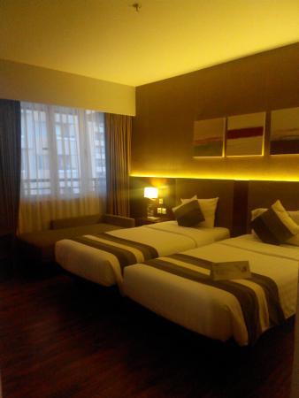 grand whiz hotel kelapa gading room 1708 picture of el royale rh tripadvisor co uk