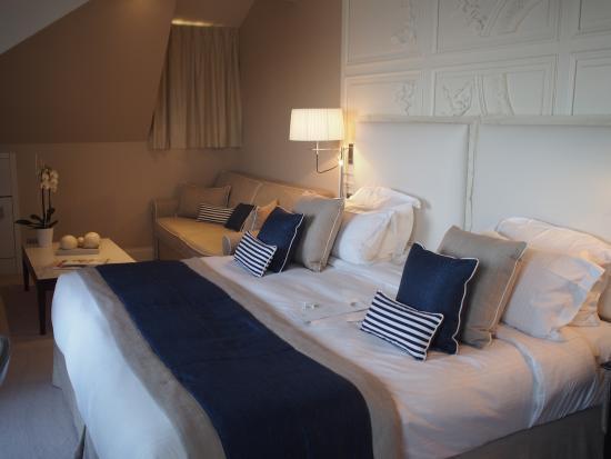 Chambre avec lits vue sur mer picture of hotel for Chambre avec vue salvador
