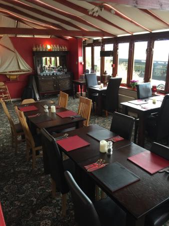 The Cambrian Hotel - B &B, Pub and Restaurant: Without a doubt the best b&b pub restraint in Newquay . Amazing food and a lovely atmosphere , g