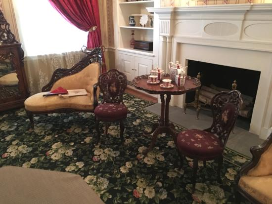 Mary Todd Lincoln House: Unique Chairs.