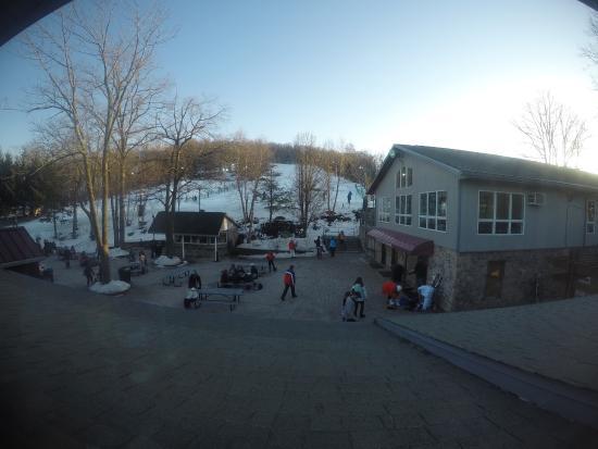 Roundtop Mountain Resort: Vista desde el bar