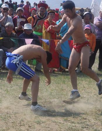 Yelantsy, Russland: Ердынские игры - борьба