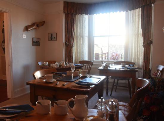 Cheriton House: breakfast room