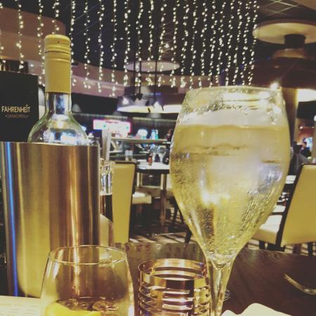 Genting Southport Restaurant (Fahrenheit Bar & Grill): IMG_20160401_221924_large.jpg