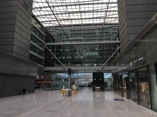 hilton garden inn frankfurt airport hilton garden inn - Hilton Garden Inn Frankfurt Airport
