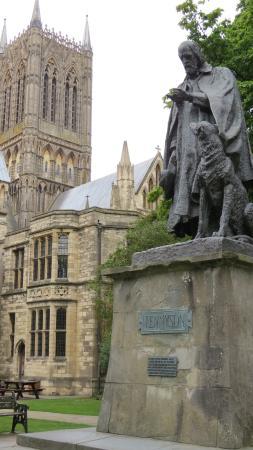 Tennyson Memorial Statue
