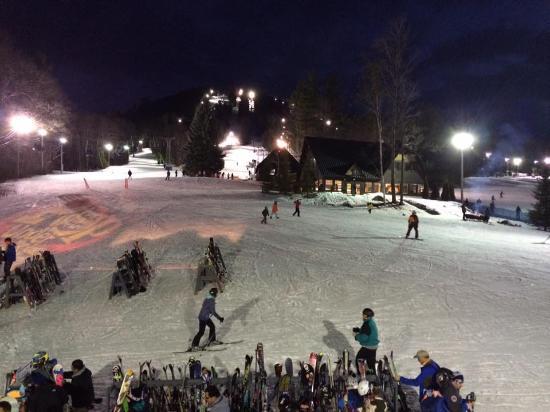 Henniker, Nueva Hampshire: saturday night awesome pat's peak