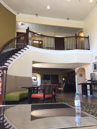Best Western Mainland Inn & Suites: photo0.jpg