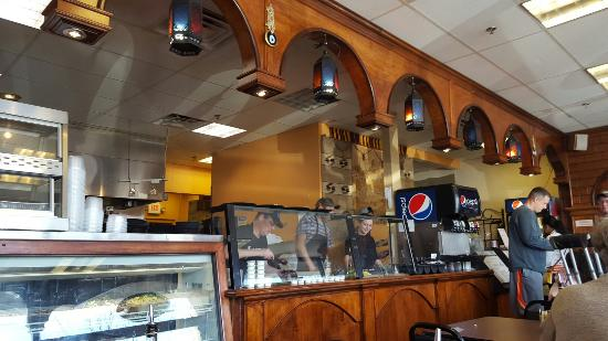 Sahara Mediterranean Cuisine: Jammin' place at 2 PM on a Saturday afternoon with a line out the door.