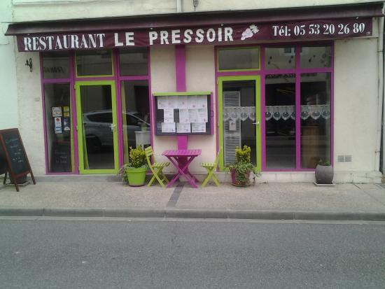 Photos miramont de guyenne images de miramont de guyenne for Le pressoir restaurant
