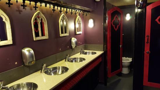 The Cellar Bar Bracknell Rhoda May & Cellar Bar Bracknell - Vase and Cellar Image Avorcor.Com