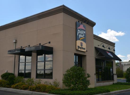 pizza hut harrisburg 5465 hwy 49 south restaurant reviews rh tripadvisor com