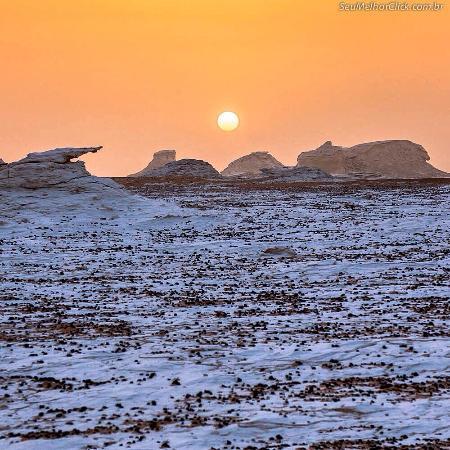 White Desert 사진