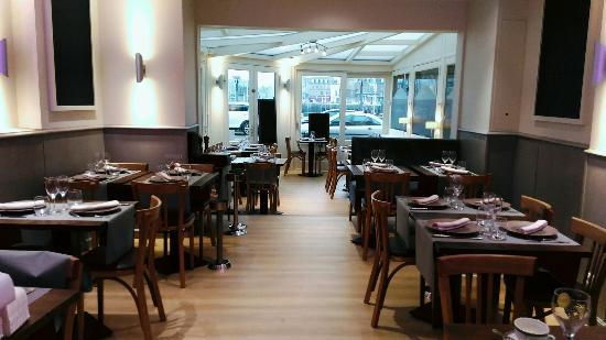Nouvelle d coration du restaurant photo de restaurant du - Restaurant seine port ...