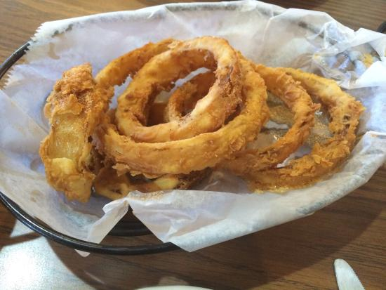 Moberly, MO: Very good onion rings. Their honey mustard is the best. Food and service is good. Service is gre