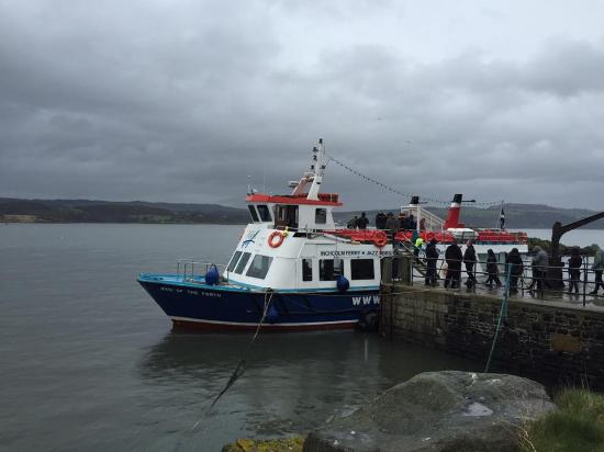 Maid of the Forth: Docking at Inchcolm Island