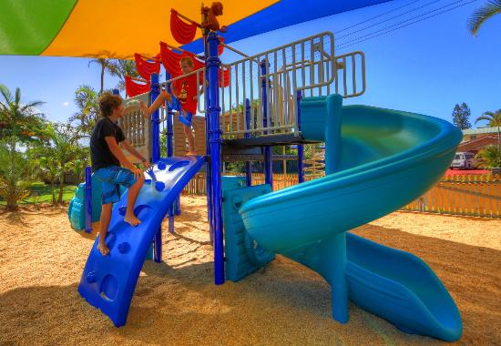 playground picture of ingenia holidays hervey bay. Black Bedroom Furniture Sets. Home Design Ideas