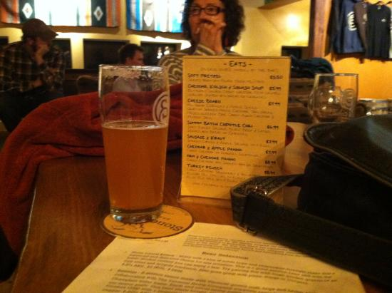 Richmond, VT: Good Beer. Music. And a nice little menu.