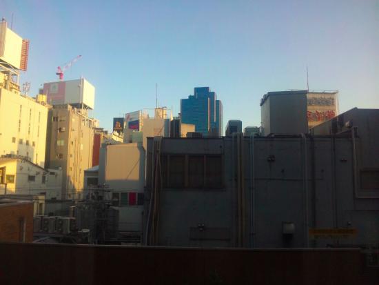 KKR Hotel Umeda : 梅田の街です。407室より。